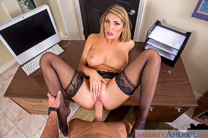 adult4vr august ames 04